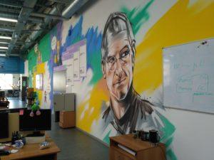Роспись стен в офисе openSpace Стив Джобс