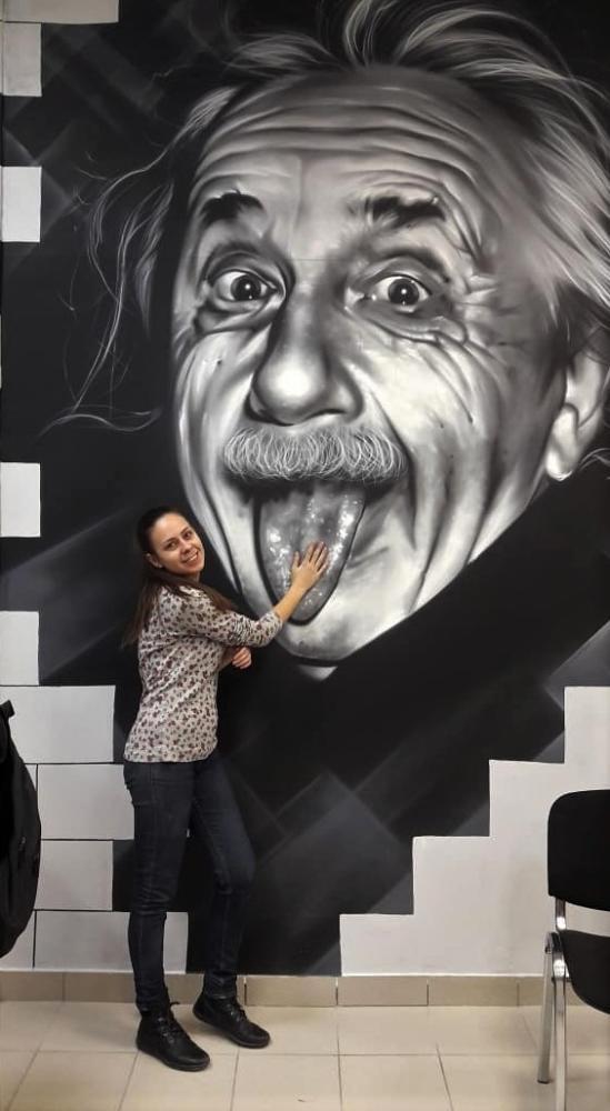 портрет Эйнштейн аэрография