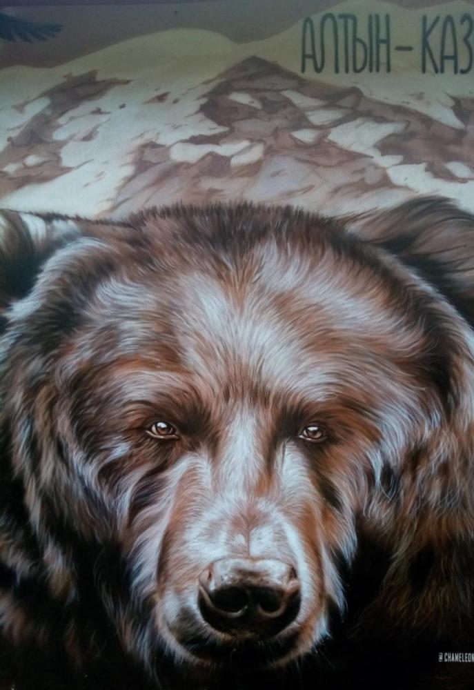 роспись на фасаде картина медведь